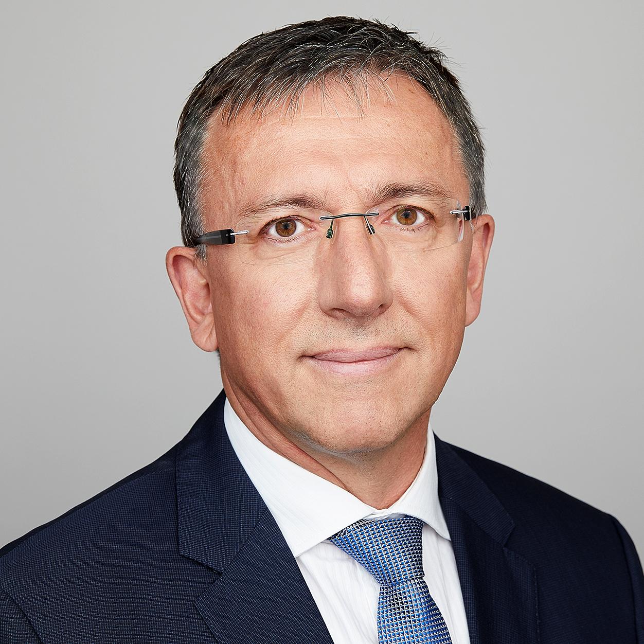 Augat_Prof.Dr_Peter_2019_Business_quad